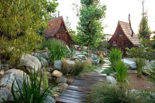 每一个看过这些小木屋建筑的人都对如此美景流连忘返,如果能一直住在